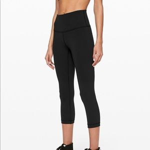 "Lululemon high rise wunder under crop 21""  size 6"